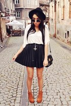 black Stradivarius skirt
