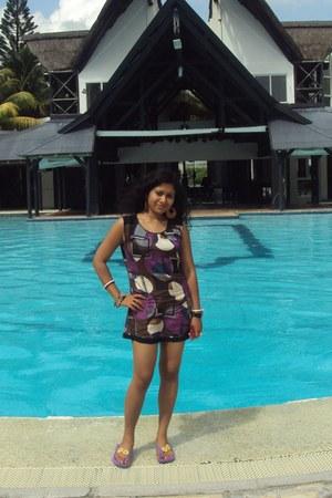 Globus dress