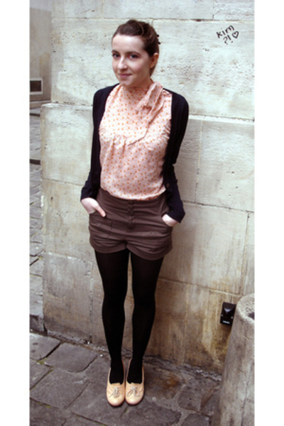 pink Chie Mihara shoes - brown H&M shorts - black H&M pants - pink H&M top