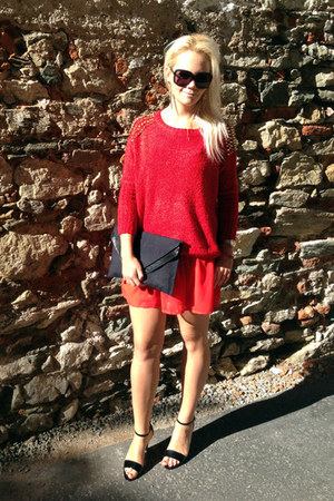 black H&M bag - red H&M dress - red OASAP sweater - black Gucci sunglasses