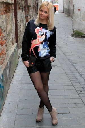 black OASAP sweatshirt - light orange DIY bag - black OASAP shorts