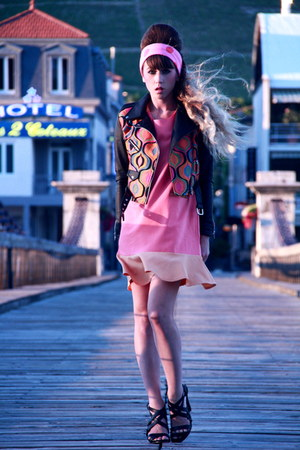 black Quirky ME jacket - bubble gum kling dress - bubble gum pieces scarf