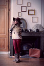 Tan-méliné-boots-brown-american-apparel-hat-tan-vila-jacket-white-vila-top