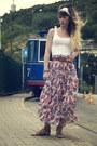 White-lace-doll-poupée-hair-accessory-white-h-m-vest-blue-pepe-jeans-skirt