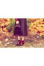 Ruby-red-vintage-shoes-black-vintage-bag-black-vintage-belt