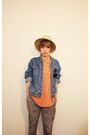 Orange-shirt-blue-jacket-green-pants-beige-hat-orange-shoes-brown-tops