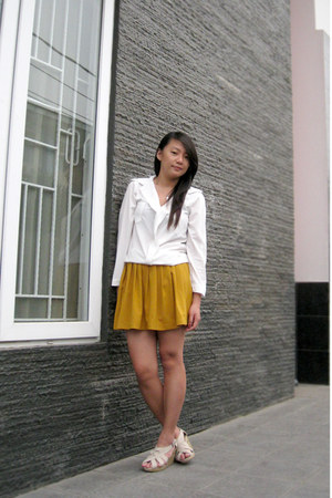mustard skirt shorts - white white top blouse - beige wedges
