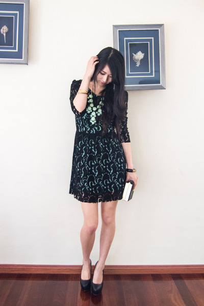 light blue Pree Brulee necklace - black lace Sugarlips dress