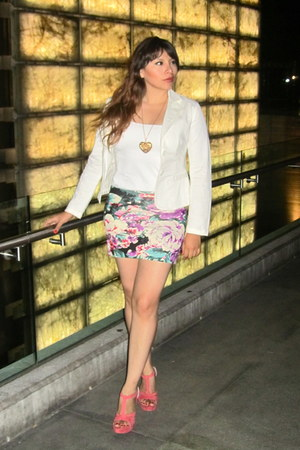 Fashionaria skirt - Zara blazer - Zara top