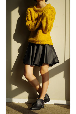black Zara boots - yellow sweater - black skirt