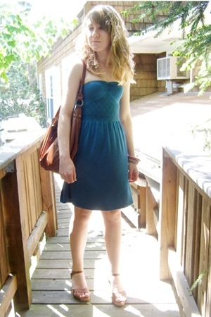Silence & Noise dress - Bakers shoes - H&M purse - forever 21 bracelet