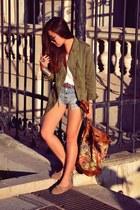 periwinkle denim shorts H&M shorts - olive green parka Zara jacket