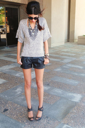 Buffalo shorts - BCBG sweater - Burberry heels