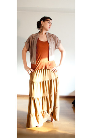 bronze long skirt H&M skirt - tawny Forever 21 top - tan Forever 21 blouse