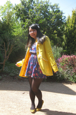 yellow wedges Target shoes - blue floral Forever 21 dress - yellow modcloth coat