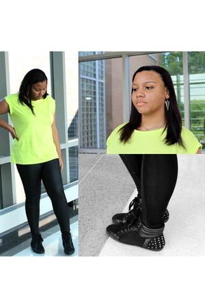 cotton Forever 21 shirt - faux leather Boohoo leggings