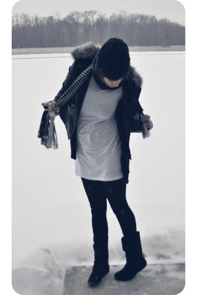 silver scarf
