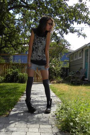 gray Nordstrom socks - black Dr Martens boots - gray cat face vintage shirt