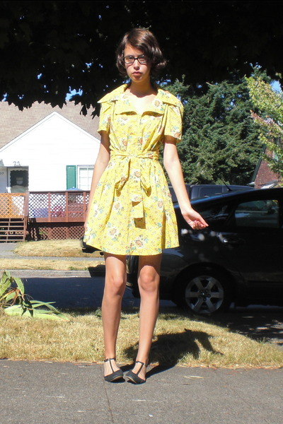 vintage dress - sam edelman shoes