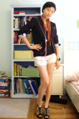 Gap blazer - Gap shorts - Skagen F21 accessories - Bakers shoes