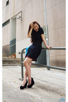 black Aldo pumps - navy Rodier dress - black moussy belt