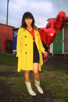 white bone white Justin boots - yellow Old Navy coat - red v-neck isaac mizrahi