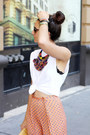 Nude-zara-sandals-tan-vintage-bag-white-diy-hanes-t-shirt