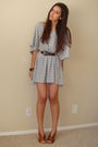 Gray-h-m-t-shirt-brown-vintage-belt-brown-latitude-femme-from-tjmaxx-shoes