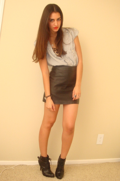 blue vintage union bay shirt - brown Express bra - black H&M skirt - black Dollh