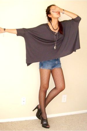 gray Express t-shirt - blue DIY calvin klein shorts - black Express tights - bla