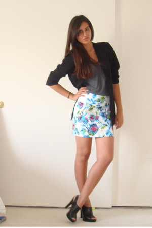 vintage blazer - American Apparel t-shirt - Forever21 skirt - Target shoes