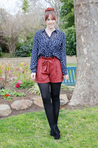 coral rust coloured Dotti shorts - navy Myer blouse