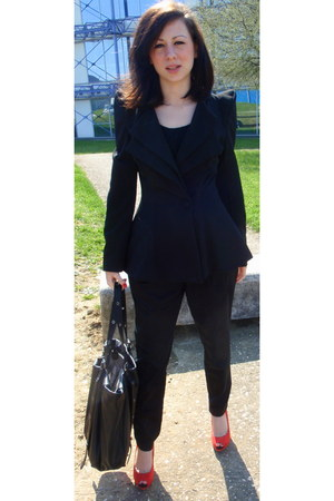 black Zara blazer - black leather Zara bag - black H&M top