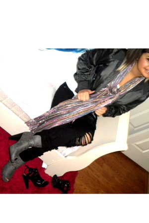 jacket - top - jeans - scarf - shoes