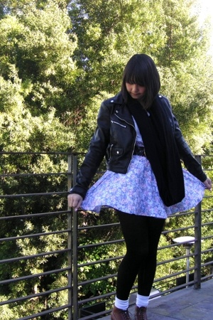 H&amp;M jacket - skirt - American Apparel shirt - Ebay shoes - American Apparel scar