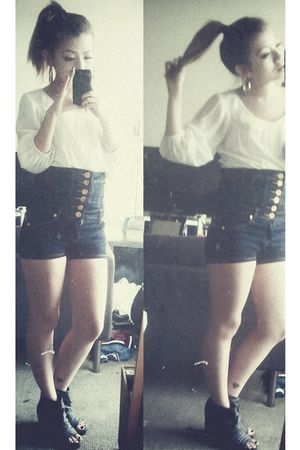 white Zara top - blue shorts - black shoes
