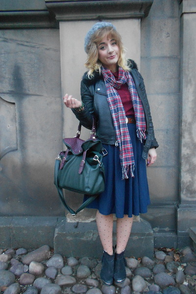 navy midi skirt new look skirt - psychic2 Topshop boots - grey beret vintage hat