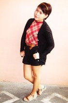 black high-waisted Splash shorts - black crocheted vintage cardigan - brick red