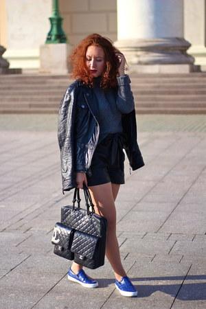 black D&G jacket - heather gray old sweater - black Chanel bag