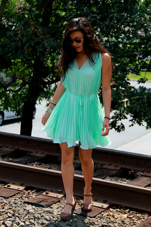 aquamarine Forever 21 dress - tawny seychelles wedges