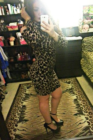 camel dress - tan Charlotte Russe dress - black UrbanOG heels