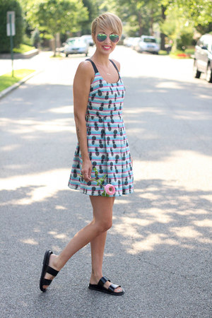 Zara dress - H&M sunglasses - Zara sandals