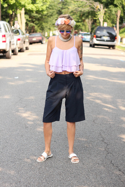 asoscom shorts - Sheinside top - H&M flats - Zara hair accessory