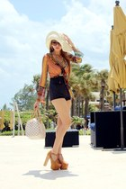 tawny DAS heels - Morgan de Toi blouse