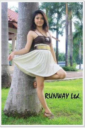 beige runway skirt