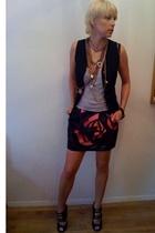 Dolce & Gabbana vest - James Perse shirt - Marni skirt - Marios Schwab shoes