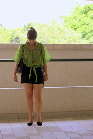 blueberry bangsar blouse - Miss Selfridge shorts - nose shoes