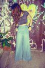 Black-vintage-top-blue-vintage-pants