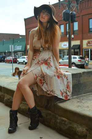 brown hat - dark brown thrifted boots - light pink floral Forever 21 dress