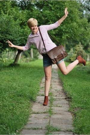 brown vintage bag - tawny H&M shoes - blue SH shorts